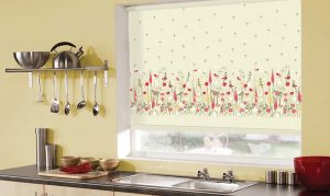 Flowers on kitchen blinds