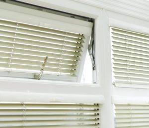 Aluminium windows with blinds
