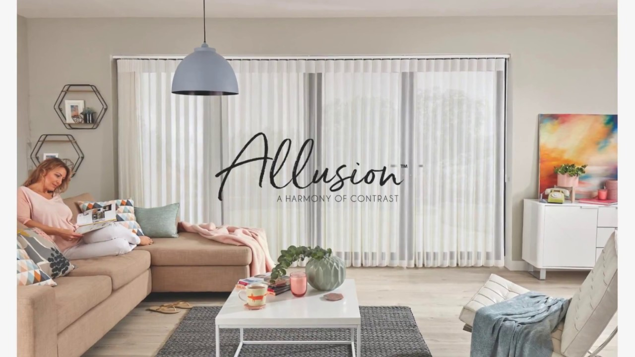 Allusion blinds in a living room